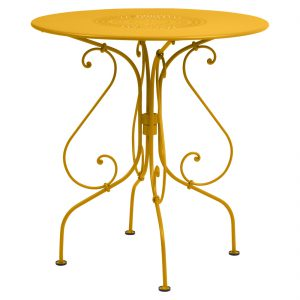 1900 Table 67cm - Honey